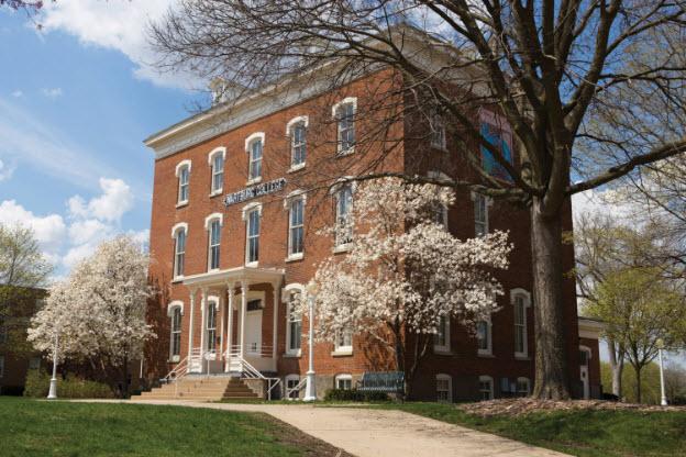 Wartburg College Partners with Akademos